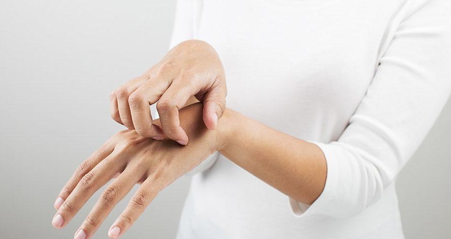 硒与皮肤病 | 特异性皮炎怕这个