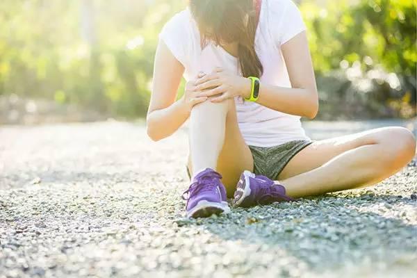 不缺钙,腿也容易抽筋,或许是缺少维生素B