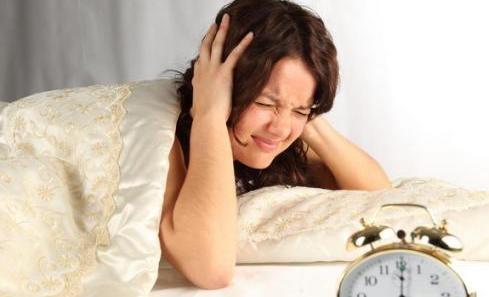 失眠睡不着,身体中的维生素需要关注了